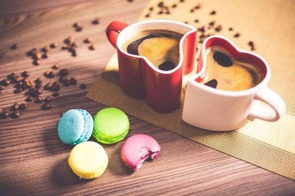 Kaffe og macarons