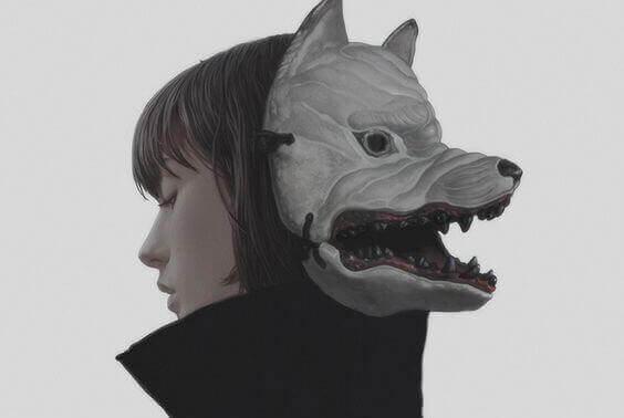 Kvinde med ulvemaske illustrerer sociale kamæleoner