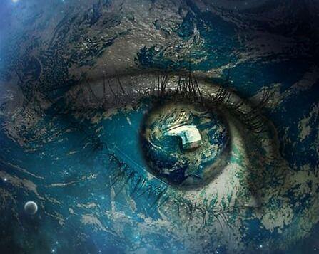 Øje afspejler hele univers