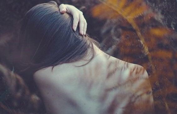 7 fysiske tegn på følelsesmæssige problemer