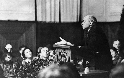 Alfred Adler holder tale