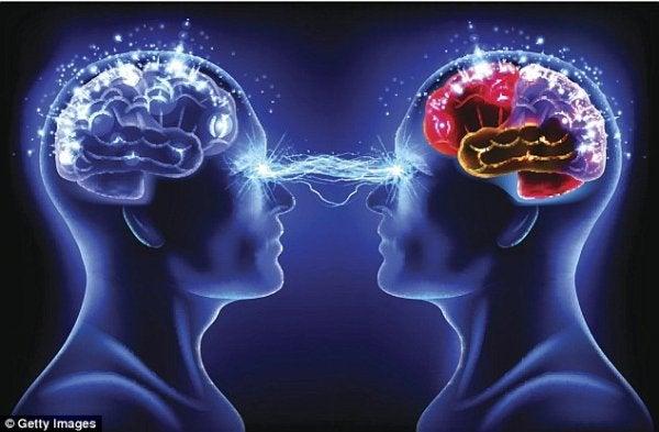 Eksisterer telepati? Er tankelæsning virkeligt?
