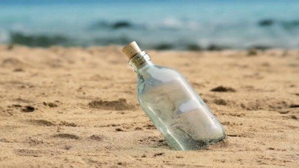 Flaske i sand