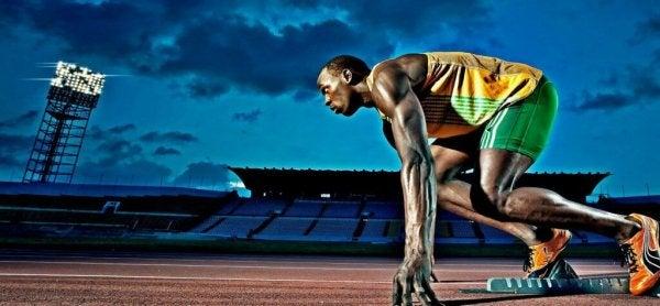 Man kan kun forbedre sportspræstationen gennem træning som denne løber