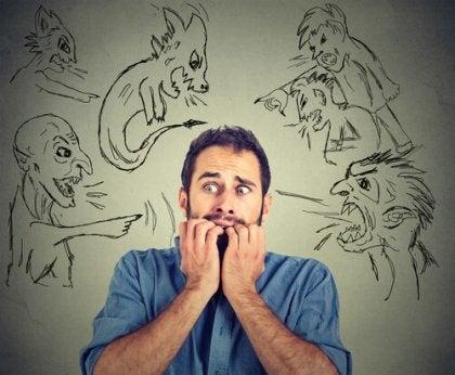 Mand med hallucinationer forårsaget af marihuanas effekter på hjernen