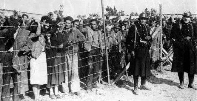 spanske flygtninge bag hegn