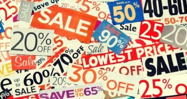 Reklamer for udsalg er tæt forbundet med forbrugerisme