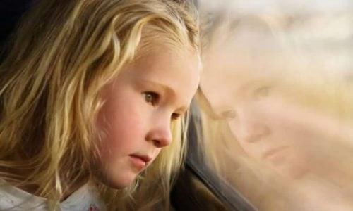 Børn af deprimerede mødre: Et produkt af deres omgivelser