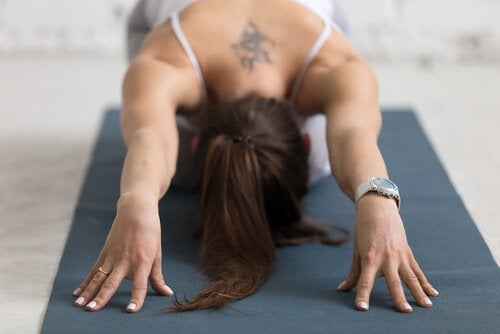 forholdet mellem yoga og depresison