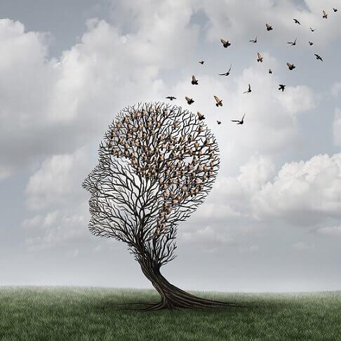fugle flyver fra hoved træ. gestalt-terapi