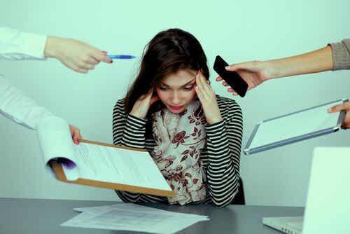 Hvad er mobning eller chikane på arbejdspladsen?