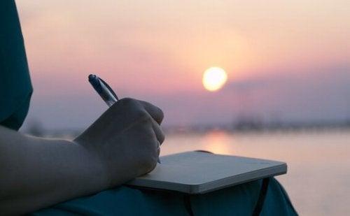 Læs her, hvordan du fører en humørdagbog