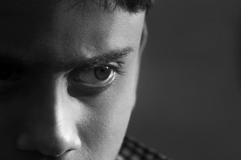 Nærbillede af ung mand
