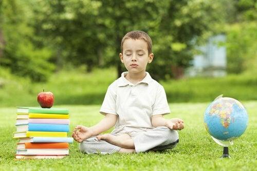 Meditation i barndommen fremmer indlæring
