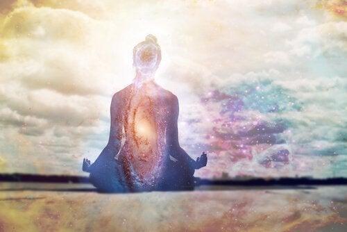 At gentage mantraer beroliger sindet og tankerne