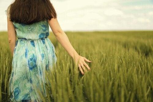 Kvinde på mark