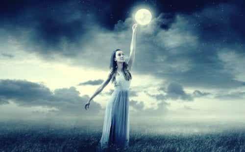 Neuroforsker Mark Filippi siger, at månen påvirker vores følelser