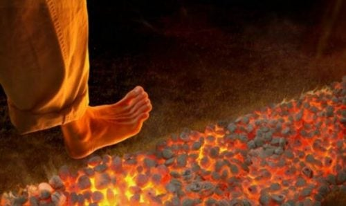Firewalking: En ny, men farlig motivationsteknik
