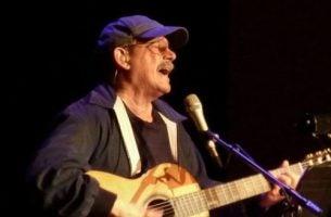 Silvio Rodríguez er en cubansk singer-songwriter