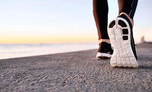 Fordele ved power walking for mental sundhed