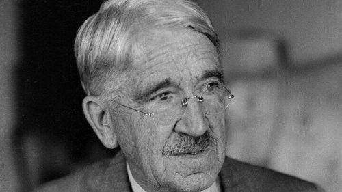 Uddannelse og pædagogik ifølge John Dewey