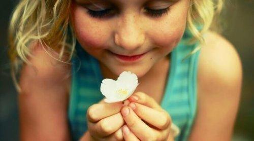 Børn skal kunne vise følelser for at trives