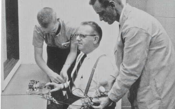 Milgrams eksperiment om blind lydighed