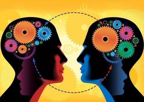 Social indlæring: Albert Banduras interessante teori