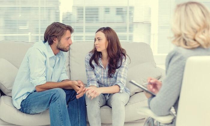 Et par til terapi for at skabe trygge bånd i forholdet
