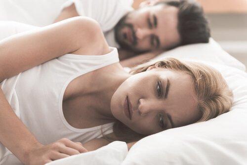Par i seng lider under gængse sexproblemer