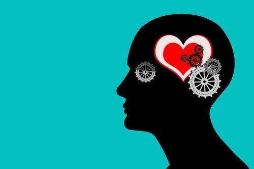 skitse af hoved med tandhjul og hjerte