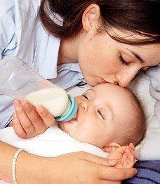 Dit barn kan få alt, det behøver, gennem en flaske