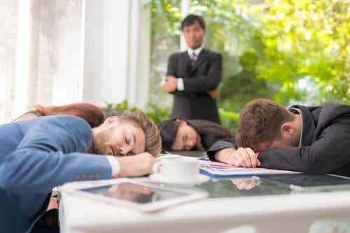 Social dovenskab og hvordan du undgår det