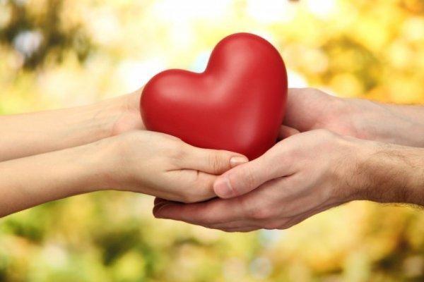 Personer med clay person syndrom glemmer sine egne behov, som at give sit hjerte til en anden