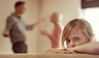 Dysfunktionelle familier kan være skyld i hyperaktive børn