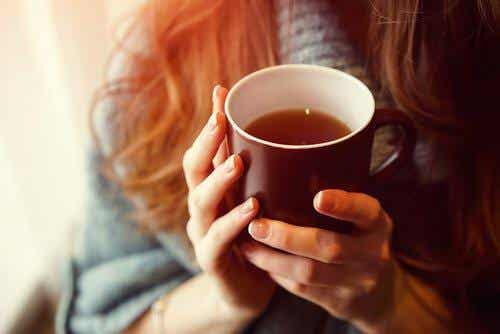 4 drikke til bedre søvn, der er gode at kende