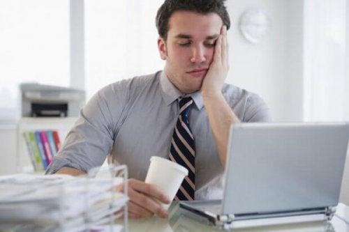 Kedsomhed på arbejdet kan skyldes udbrændthed