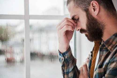 En fyr oplever depression, en af de skjulte årsager til dovenskab