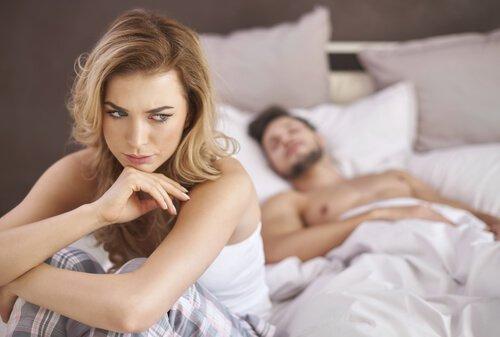 Par i seng har problemer med præstationsangst
