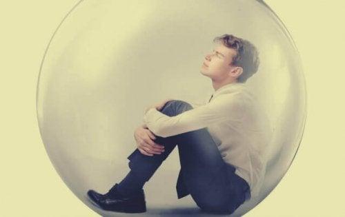 Mand i boble lider af narcisstisk personlighedsforstyrrelse
