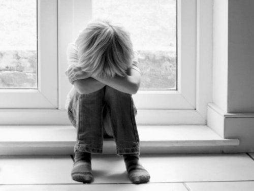 Ubevidst narcissisme i forhold mellem forældre og børn