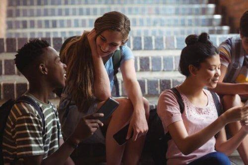 Unge mennesker er en del af en gruppe