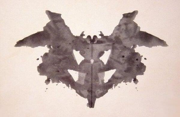en af figurerne fra Rorschach testen