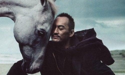 Den rationelle rytter og den følsomme hest: Opnå personlig balance