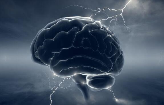 hjerne med lyn som symbol på d faktoren
