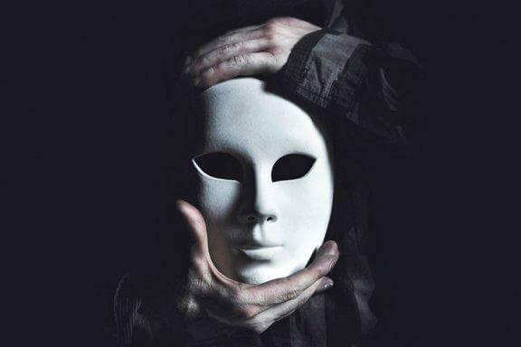 mand holder maske