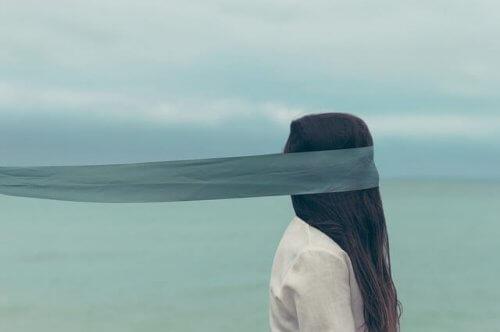 kvinde som spøgelse