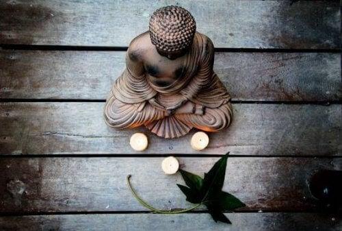 Sådan skal man håndtere frygt ifølge buddhismen