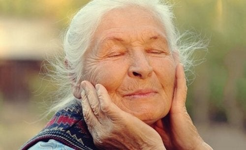 At kunne regulere følelser som ældre: Nøglen til velvære