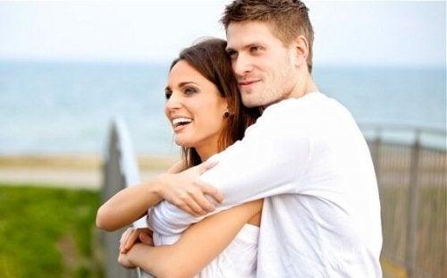 Beundring og kærlighed: Hvad er forskellen?